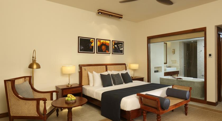 Anantara peace haven tangalle on the beach in sri lanka for Dining room designs in sri lanka